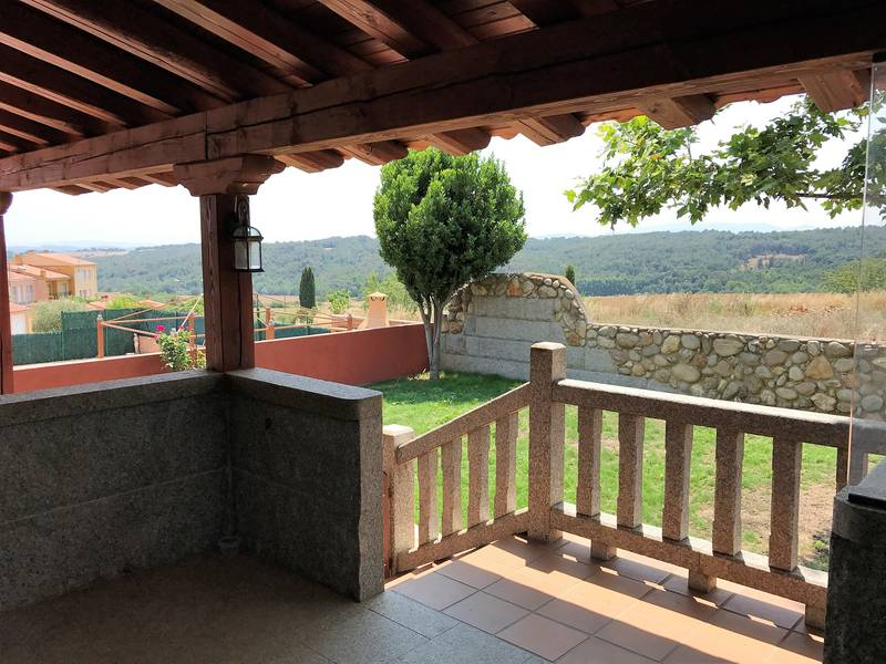 Lladó,beautiful rustic and modern house for sale