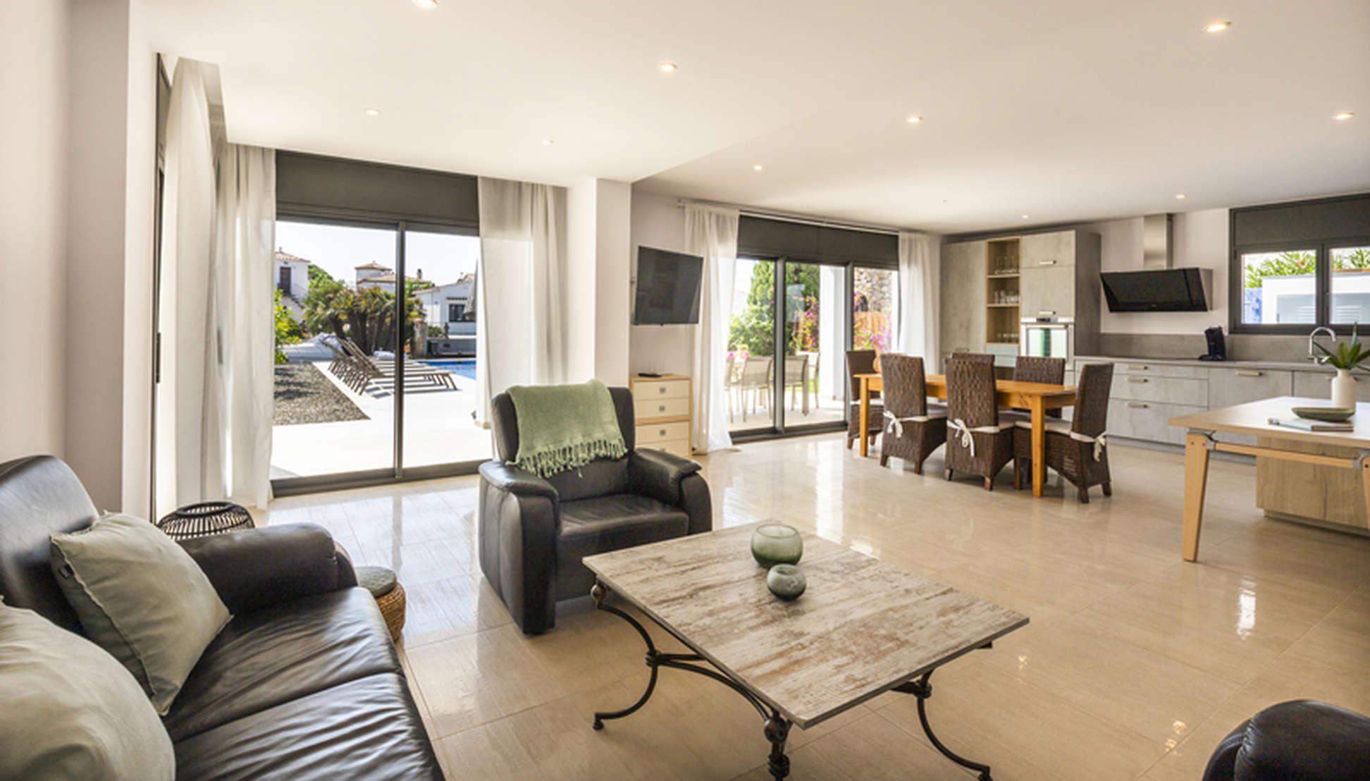 Empuriabrava New Build Design House For Sale On The Costa Brava