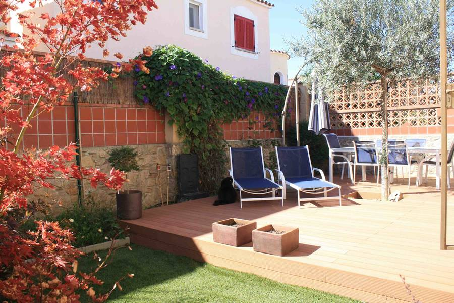 Detached house with 2 households in the Paní sector of Empuriabrava