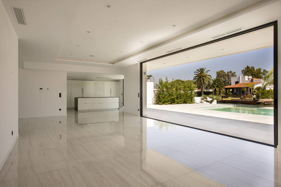 Spectacular luxury villa Empuriabrava