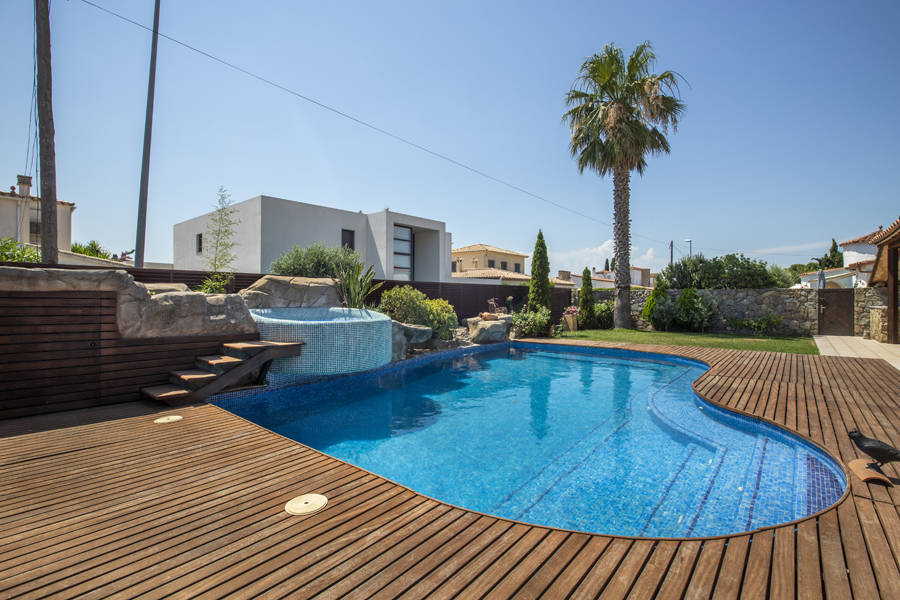 Empuriabrava, house for sale with 4 bedrooms